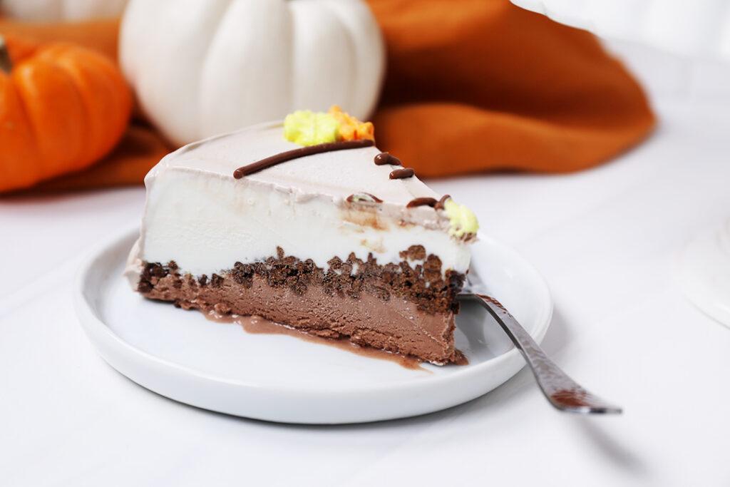 carvel chocolate crunchies cake