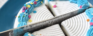 Learn how to properly cut an ice cream cake