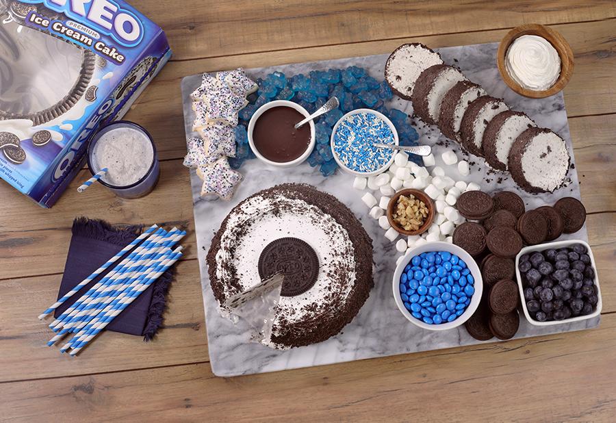 Oreo dessert charcuterie board