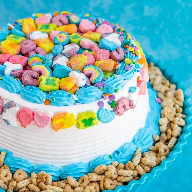 How to serve ice cream cake